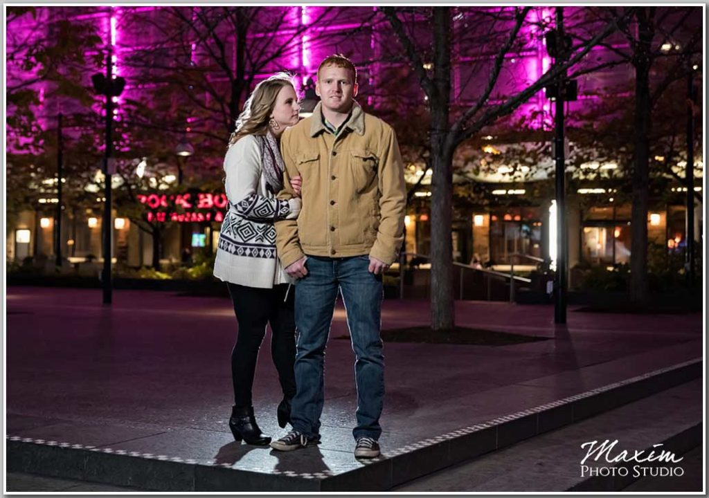 Fountain Square WInter engagement photogtraphy