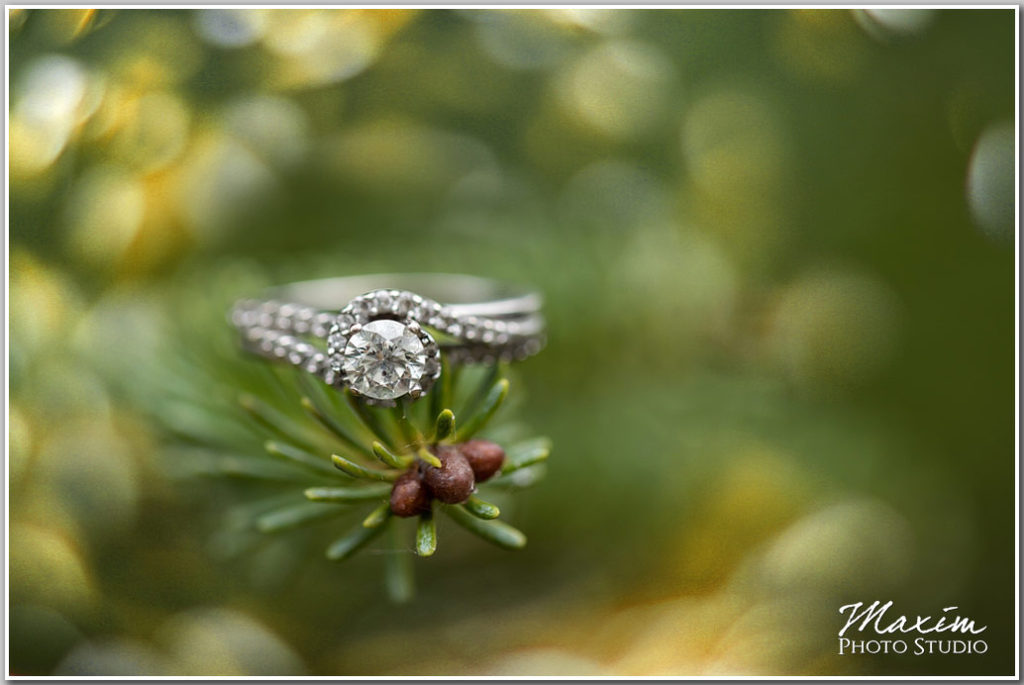 Glenwood Gardens Cincinnati Wedding ring