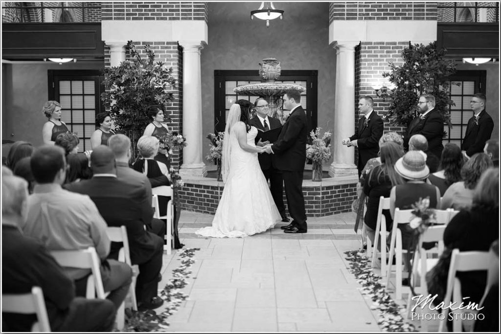 Manor House Ohio wedding ceremony