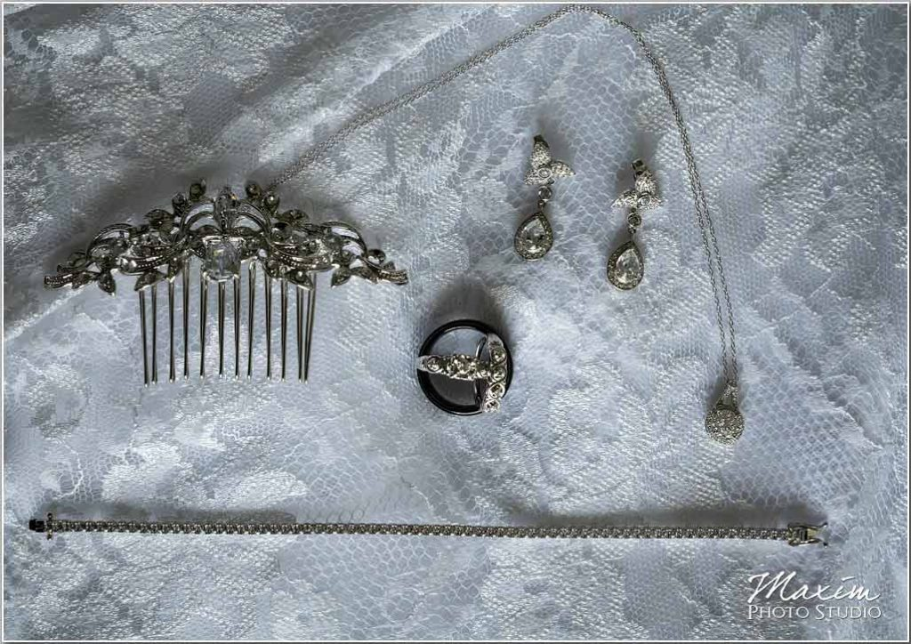 Manor House Ohio bride preparation jewelry