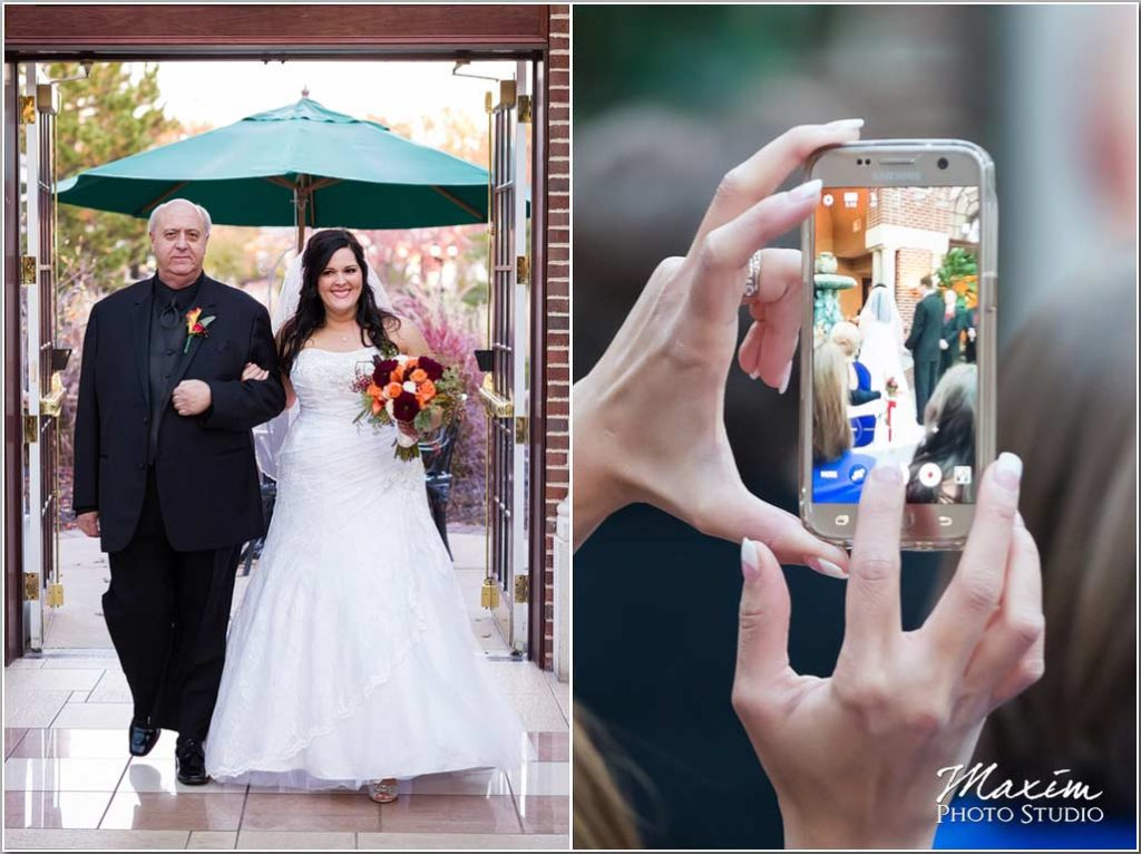 Best Cincinnati Wedding Photographer, Manor House, Cell phone wedding ceremony