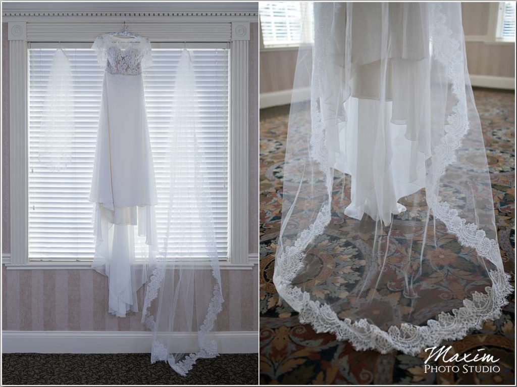Cincinnati Wedding dress, long veil, Manor House Ohio