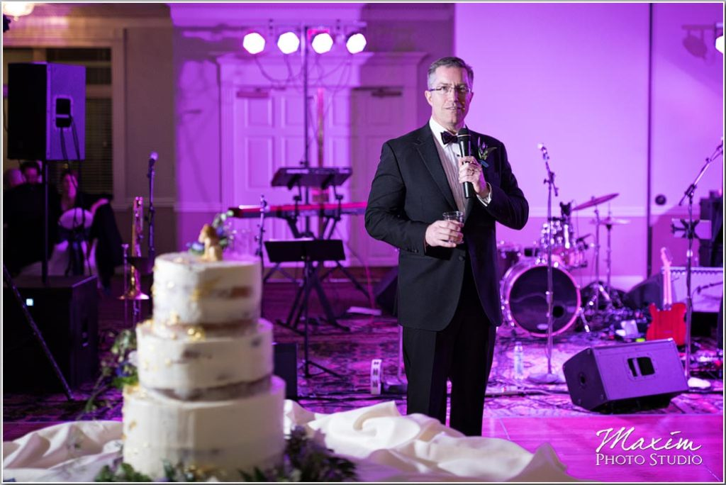 Manor House Ohio wedding, reception, wedding cake, Toasts