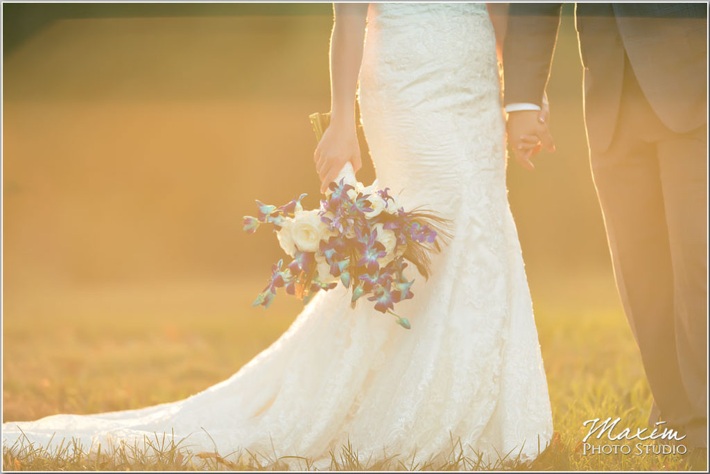 White Oaks Georgia destination wedding bride flowers