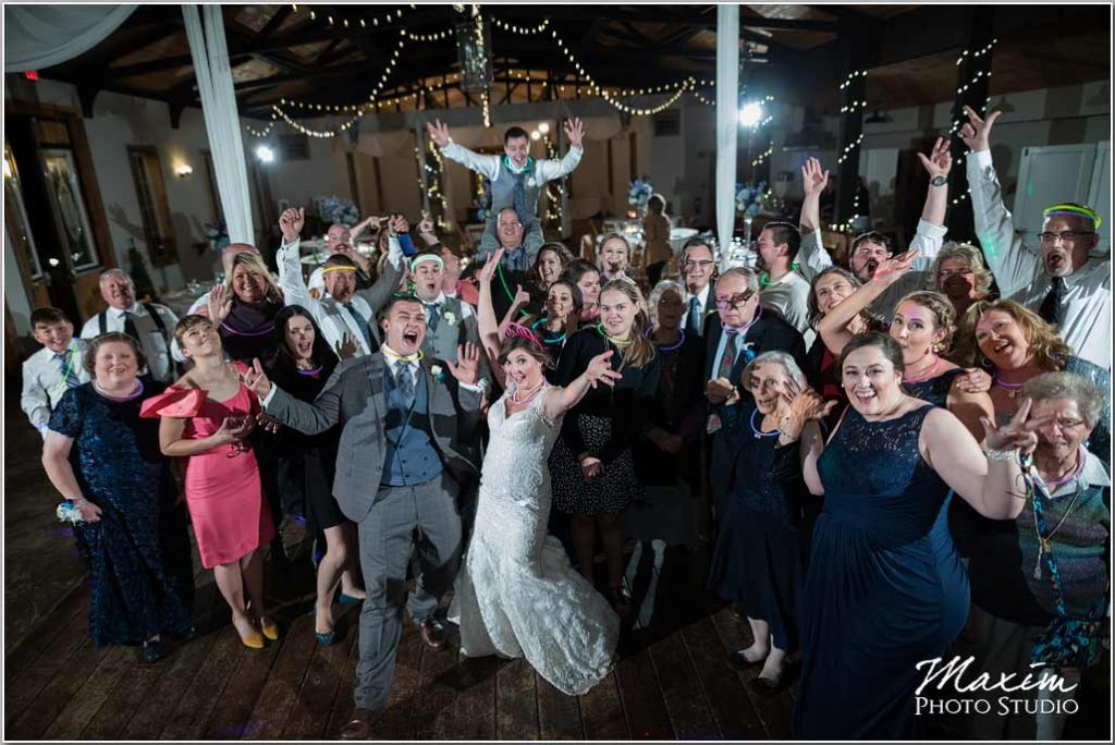 White Oaks Georgia wedding reception group photo