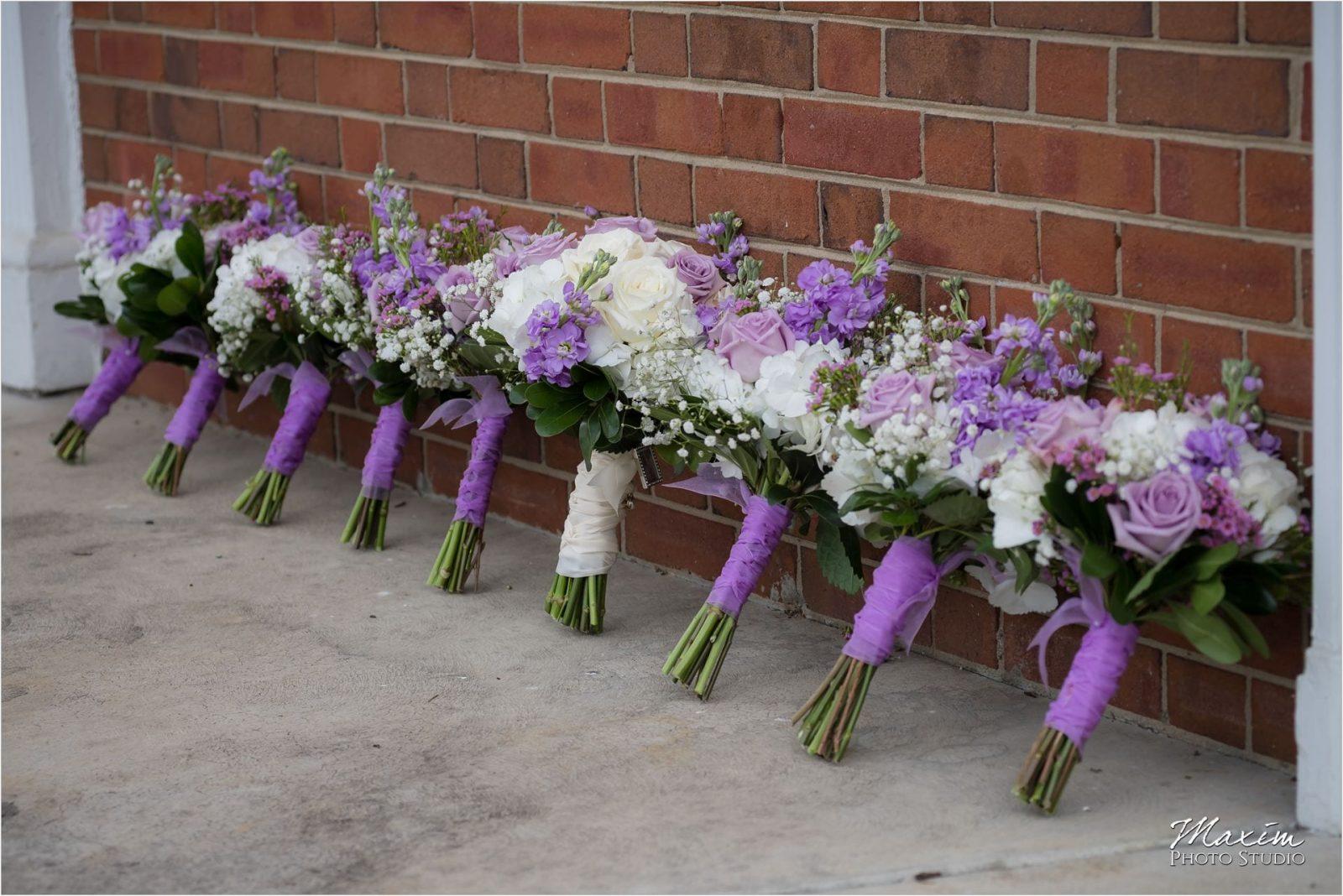Anderson Hills UMC, Cincinnati Wedding Photography, Bride preparations, Purple flowers, Bridesmaids