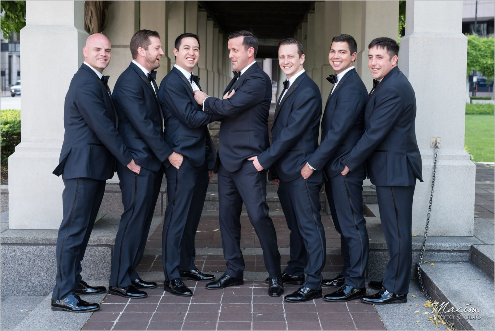 PG Gardens Cincinnati Wedding Groomsmen pictures