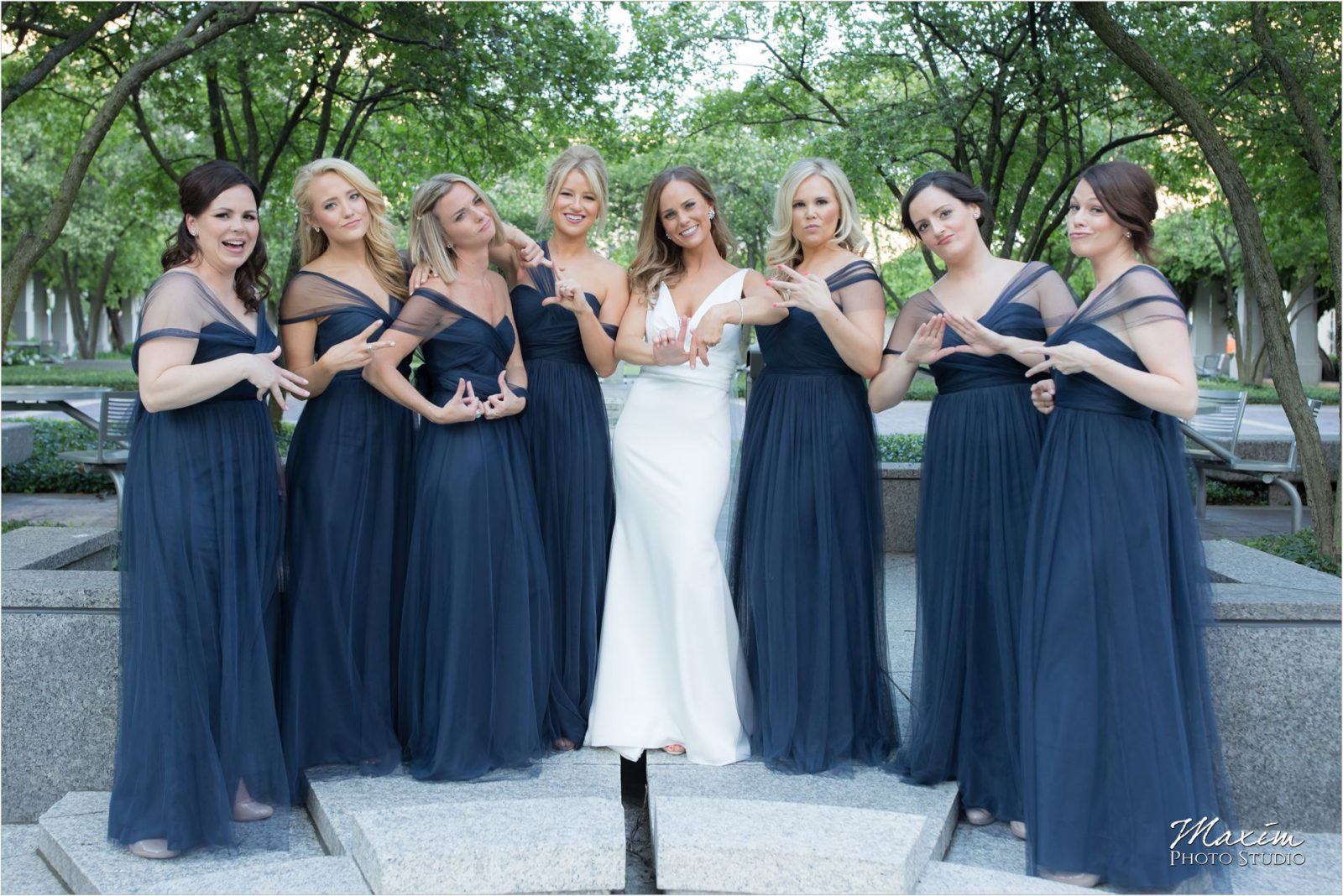PG Gardens Cincinnati Wedding Bridesmaids pictures