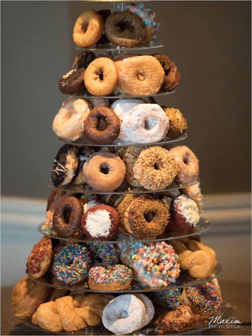 Holtmans's Donuts Drees Pavilion Wedding Reception