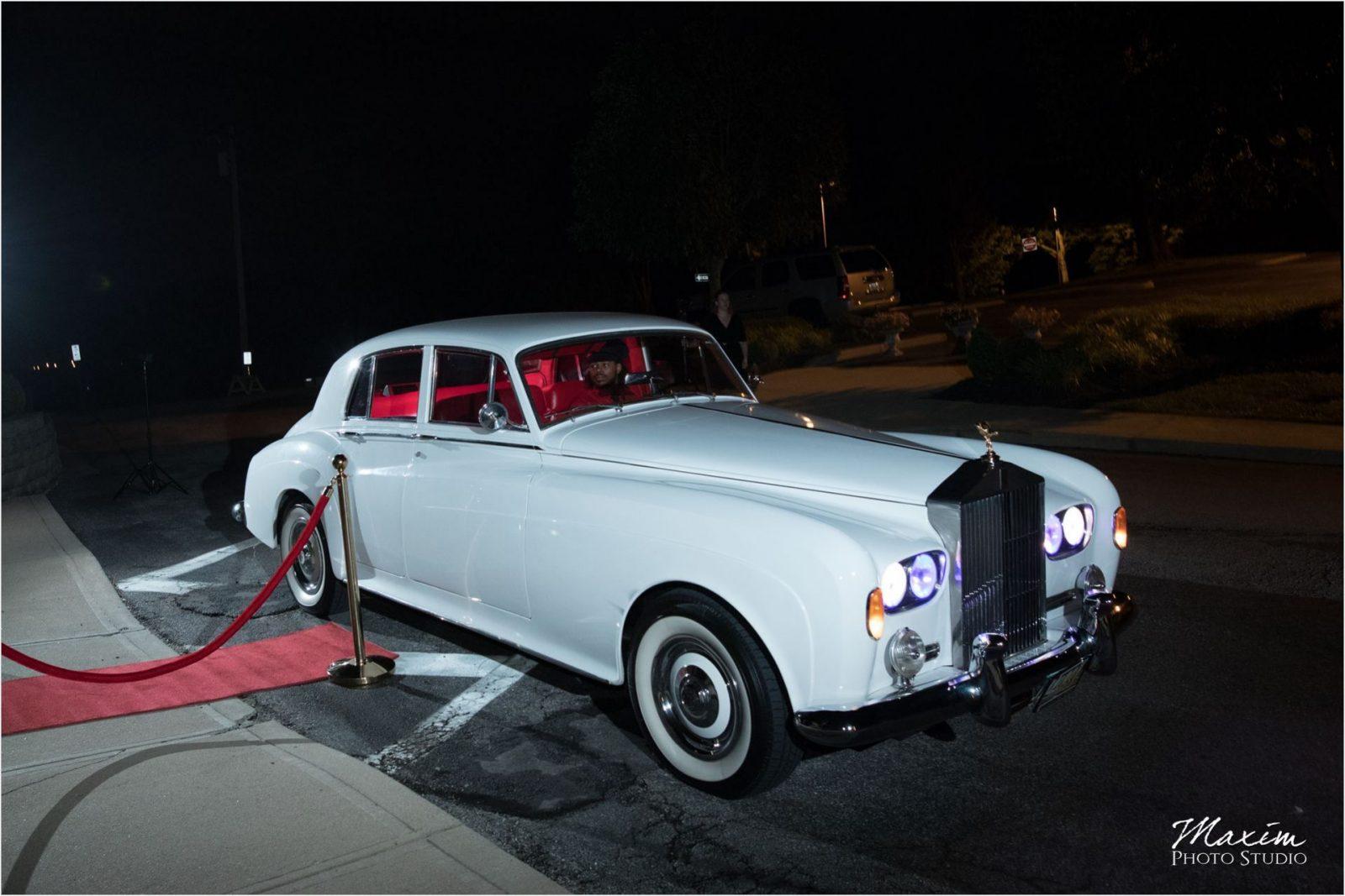 Mario's Custom Limousine Service Rolls Royce Drees Pavilion