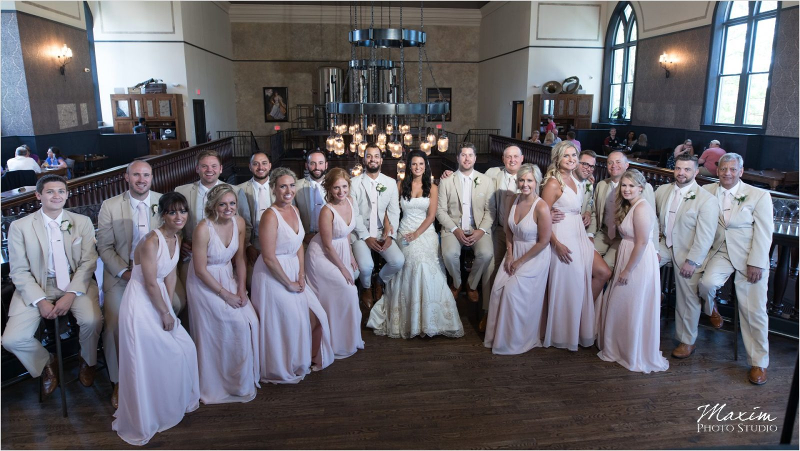 Taft Ale House wedding picture