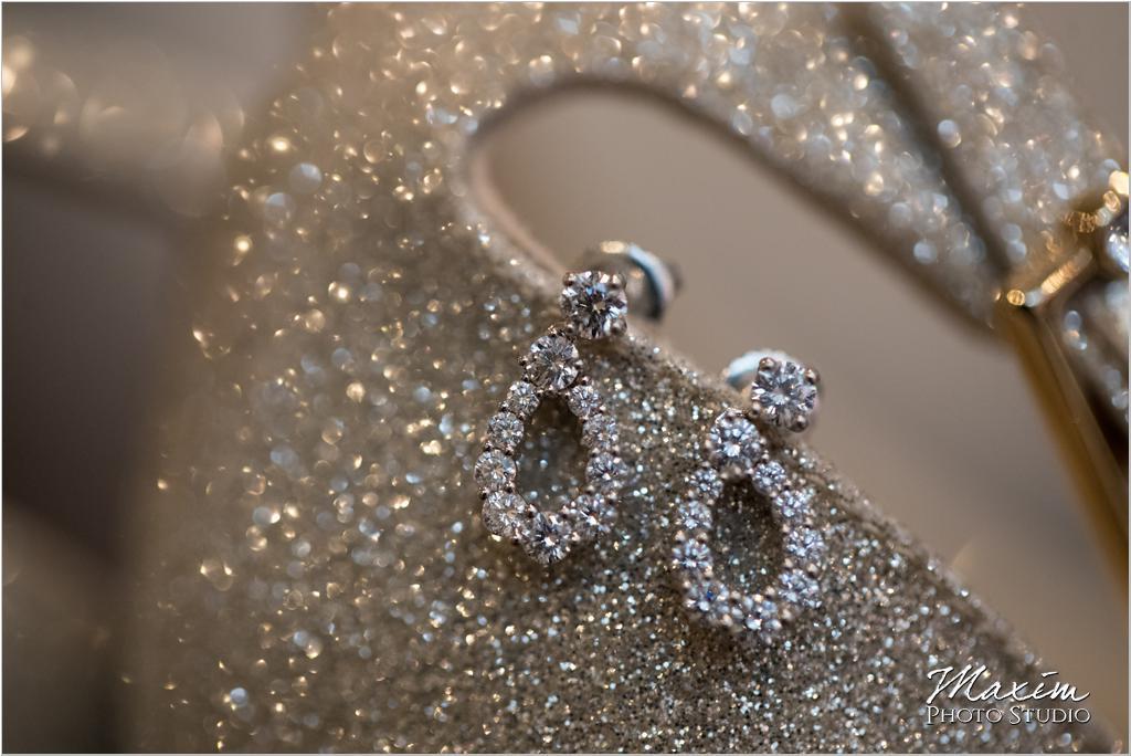 Cincinnati Wedding Photography Jimmy Choo earrings