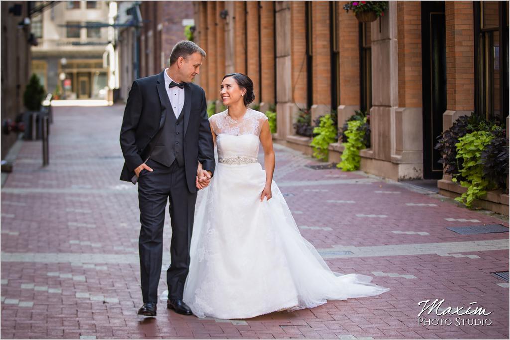 21C Museum Hotel Cincinnati Wedding Nicholson Lane