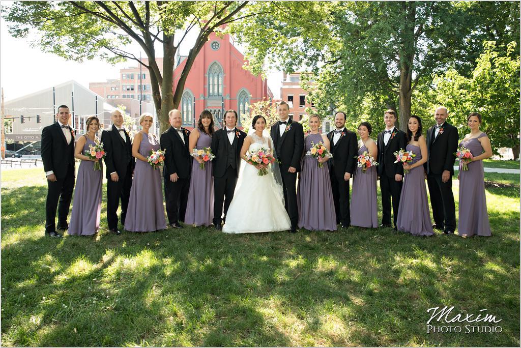 Washington Park Cincinnati Wedding Bridal Party Marti Heard Flowers