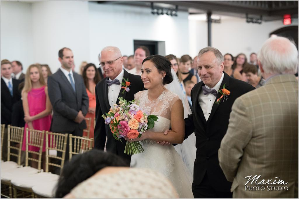 The Transept Cincinnati Wedding Ceremony Marti Heard Flowers