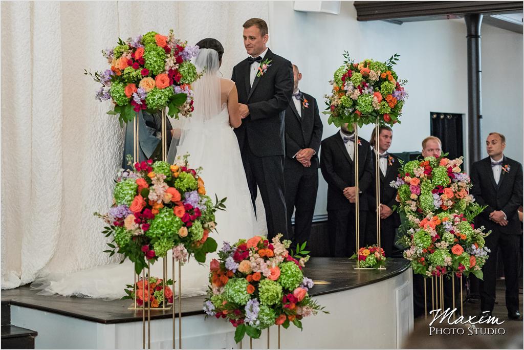 The Transept Cincinnati Wedding Ceremony Marty Heard Flowers