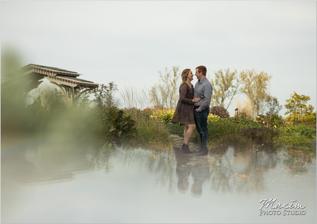 Dayton Wedding Photographer Cox Arboretum Engagement-nj-12