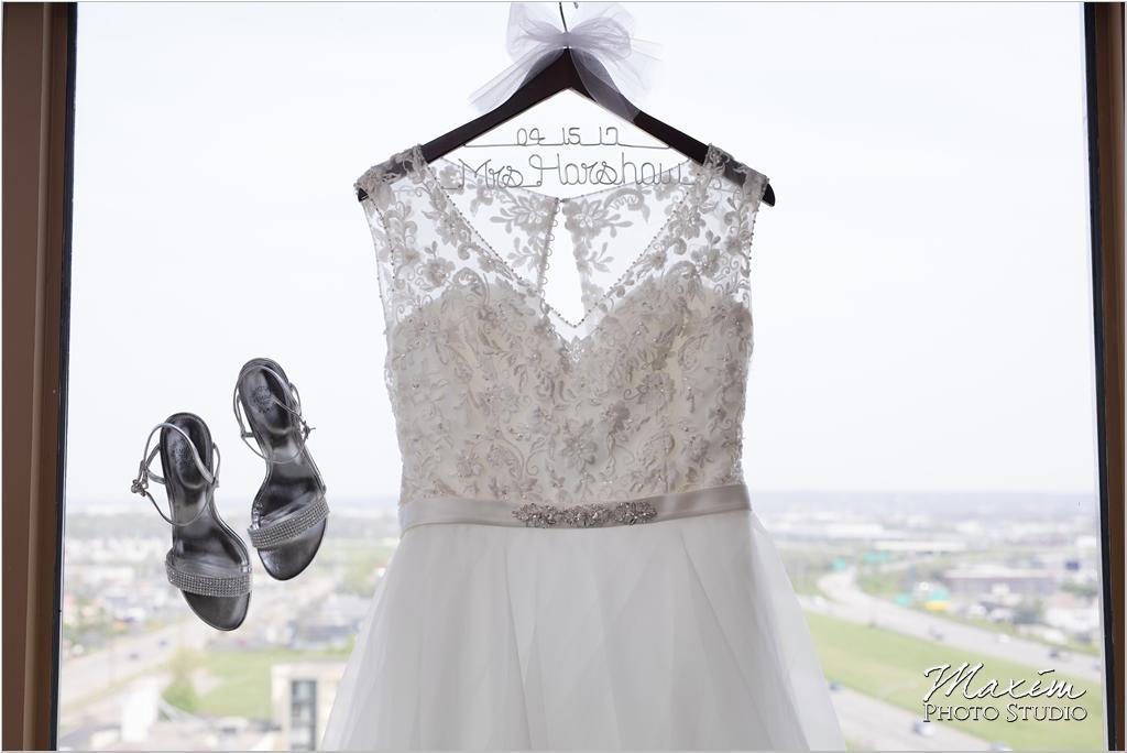 Dayton Wedding Photographers Elements Event Center-ds-06