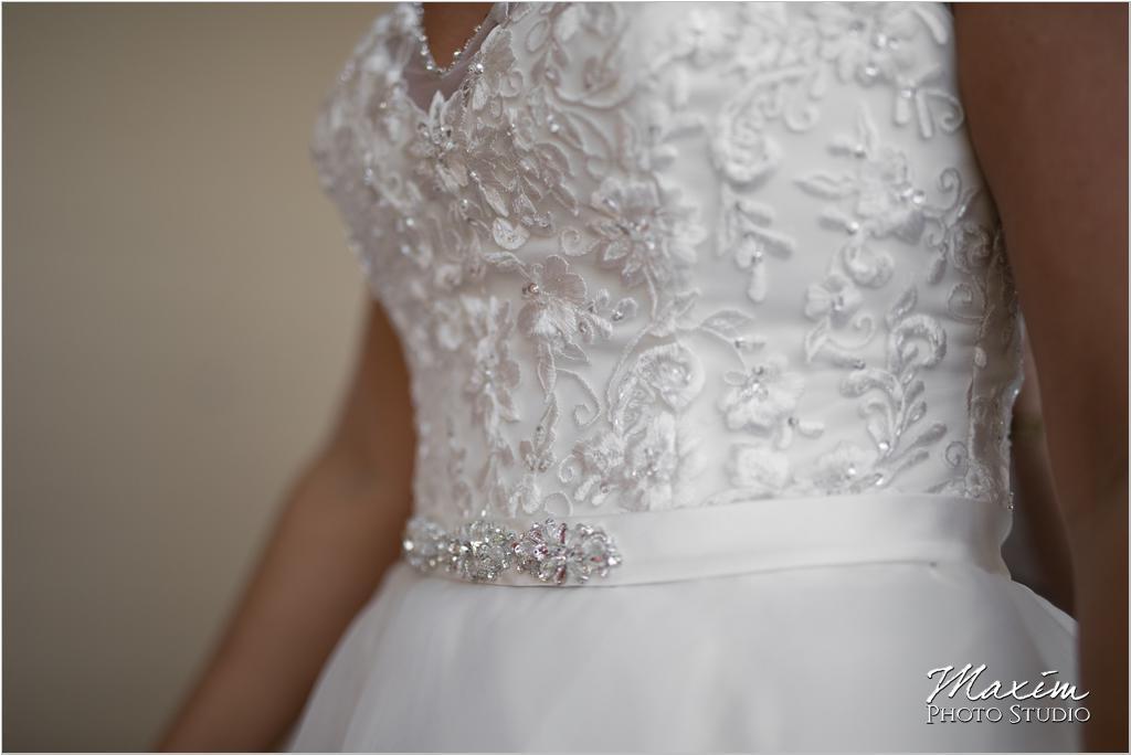 Dayton Wedding Photographers Elements Event Center-ds-14