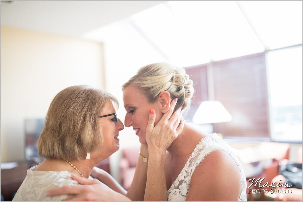 Dayton Wedding Photographers Elements Event Center-ds-19