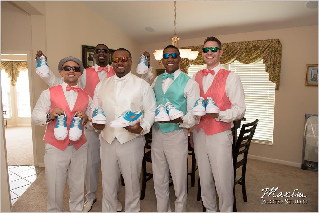 Dayton Wedding Photographers Elements Event Center-ds-27