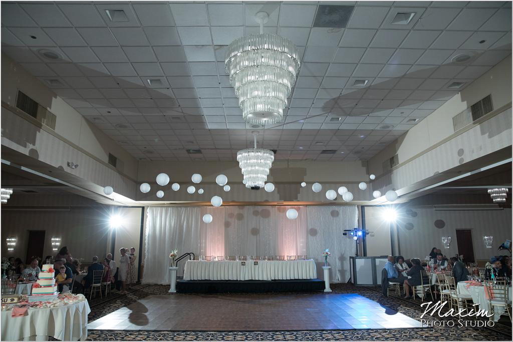 Dayton Wedding Photographers Elements Event Center-ds-58