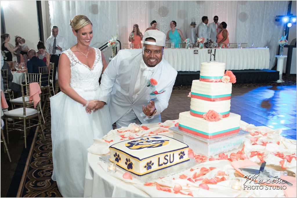 Dayton Wedding Photographers Elements Event Center-ds-61
