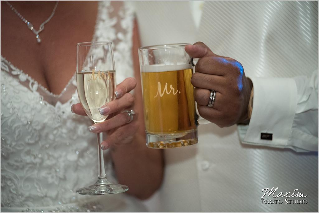Dayton Wedding Photographers Elements Event Center-ds-64