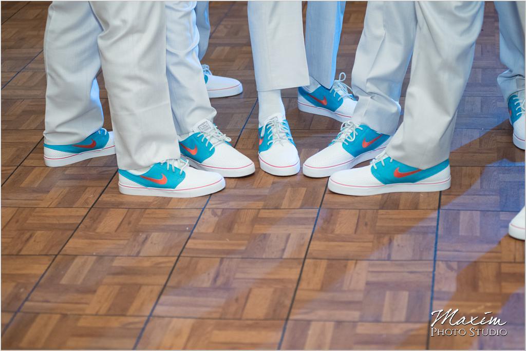 Dayton Wedding Photographers Elements Event Center-ds-65