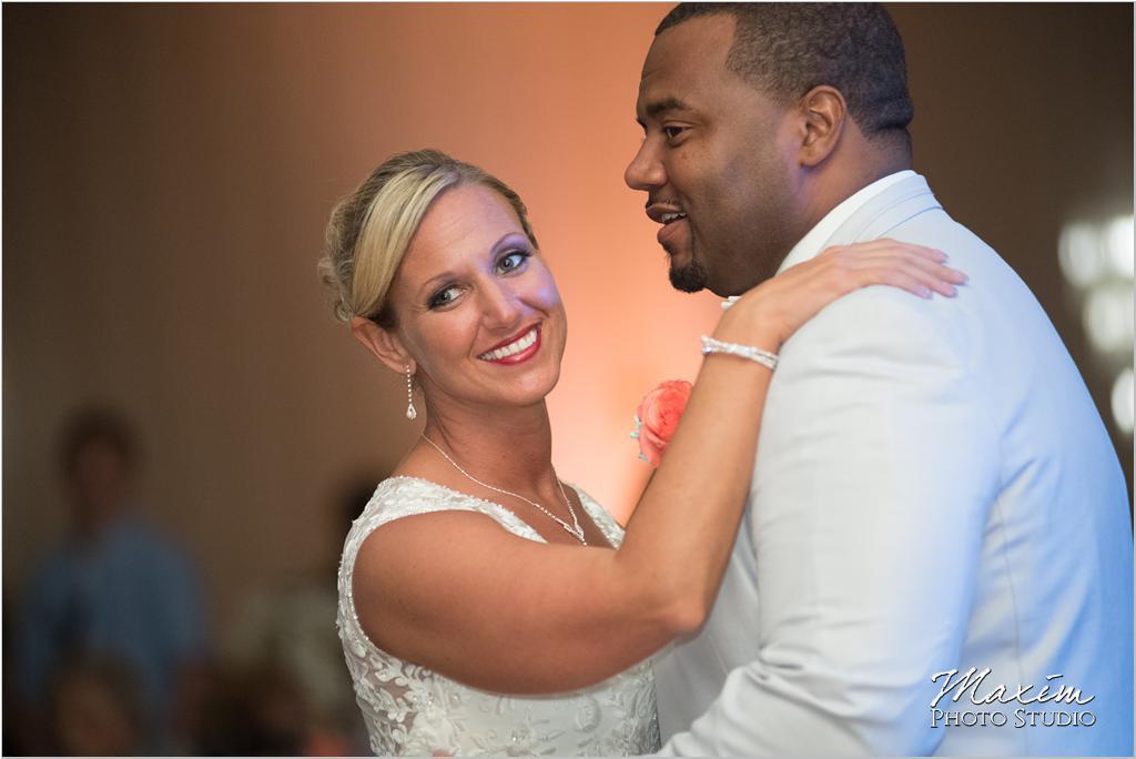 Dayton Wedding Photographers Elements Event Center-ds-71