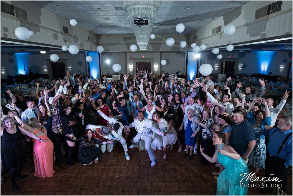 Dayton Wedding Photographers Elements Event Center-ds-80