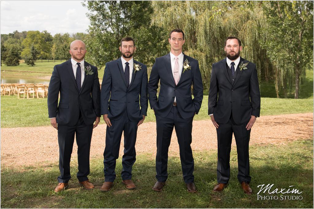 Groom groomsmen wedding pictures