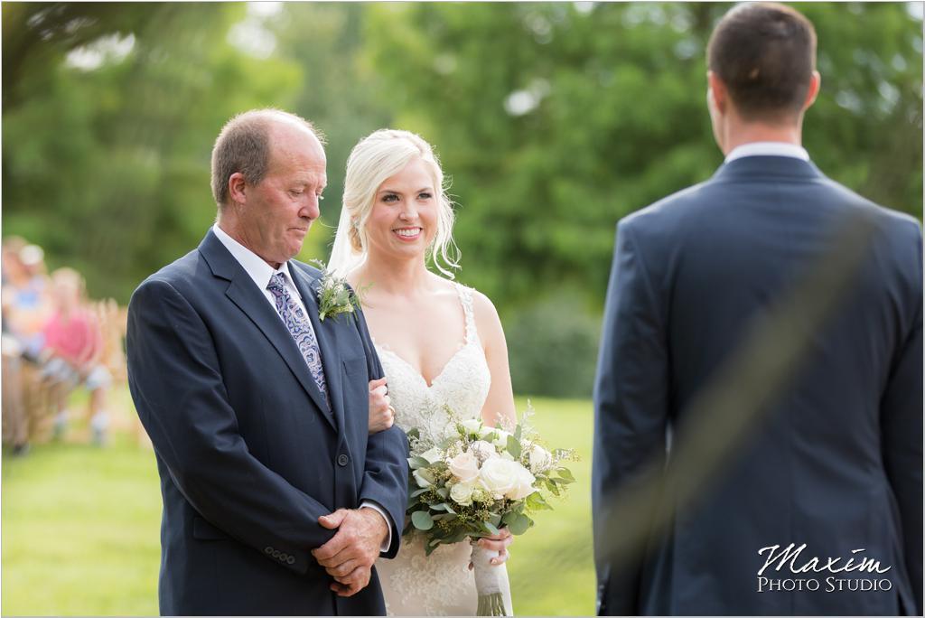 Ohio horse farm wedding ceremony