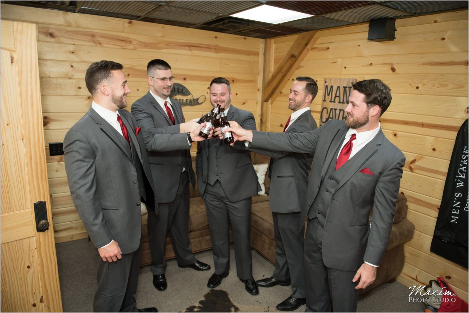Rolling Meadows Ranch Lebanon Ohio Wedding Photography Groomsmen