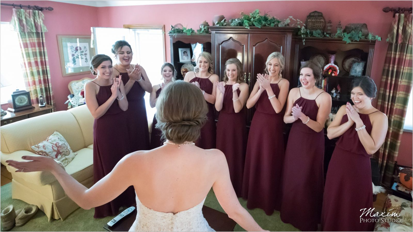 Cincinnati wedding bride bridesmaids reveal