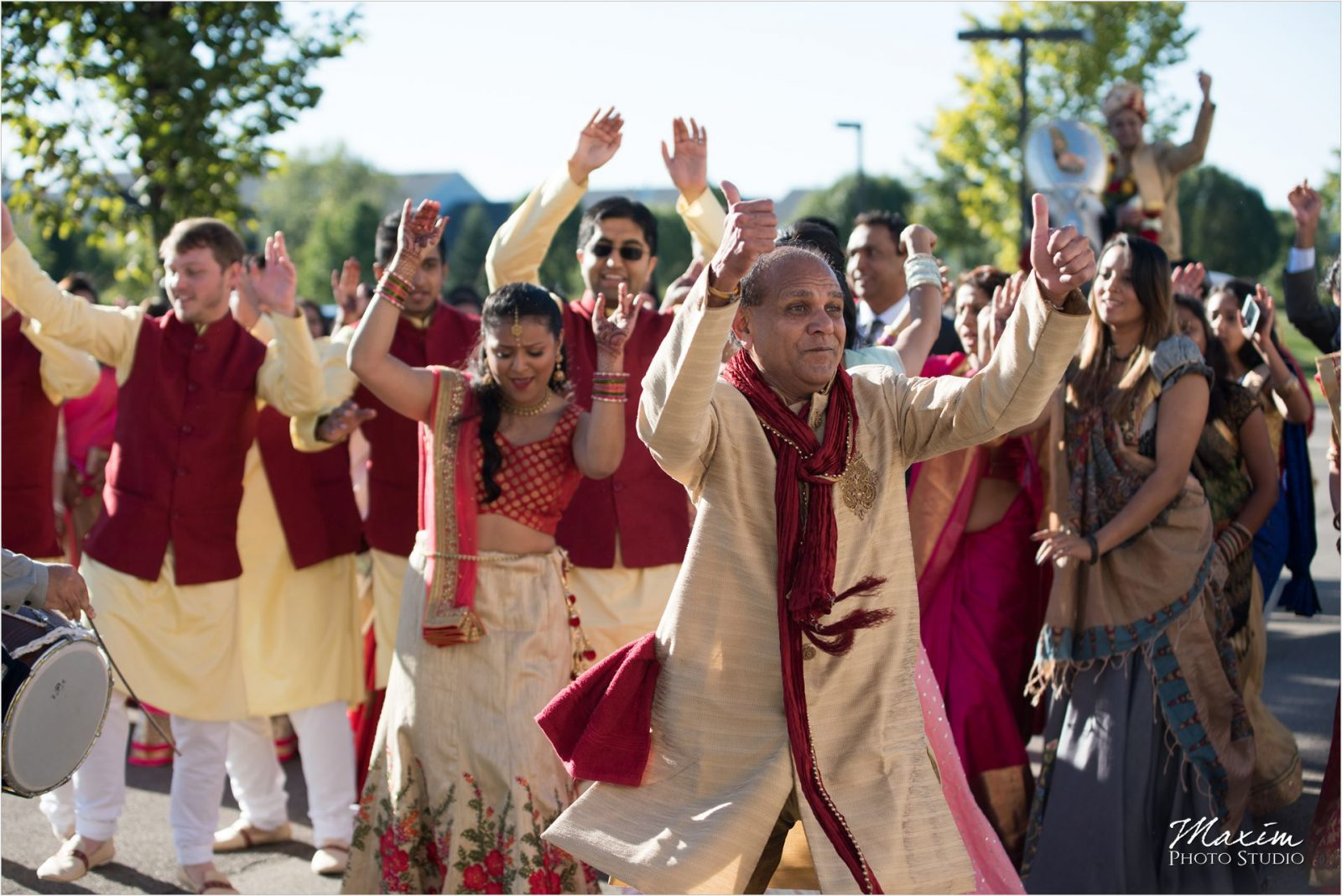 Baraat Hindu Wedding Ceremony Hindu Temple Dayton Groomsmen