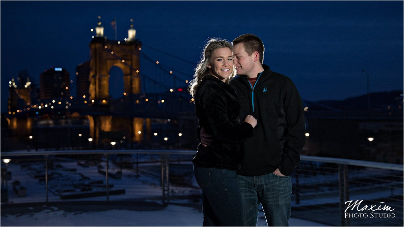 Smale Riverfront Park Winter Engagement