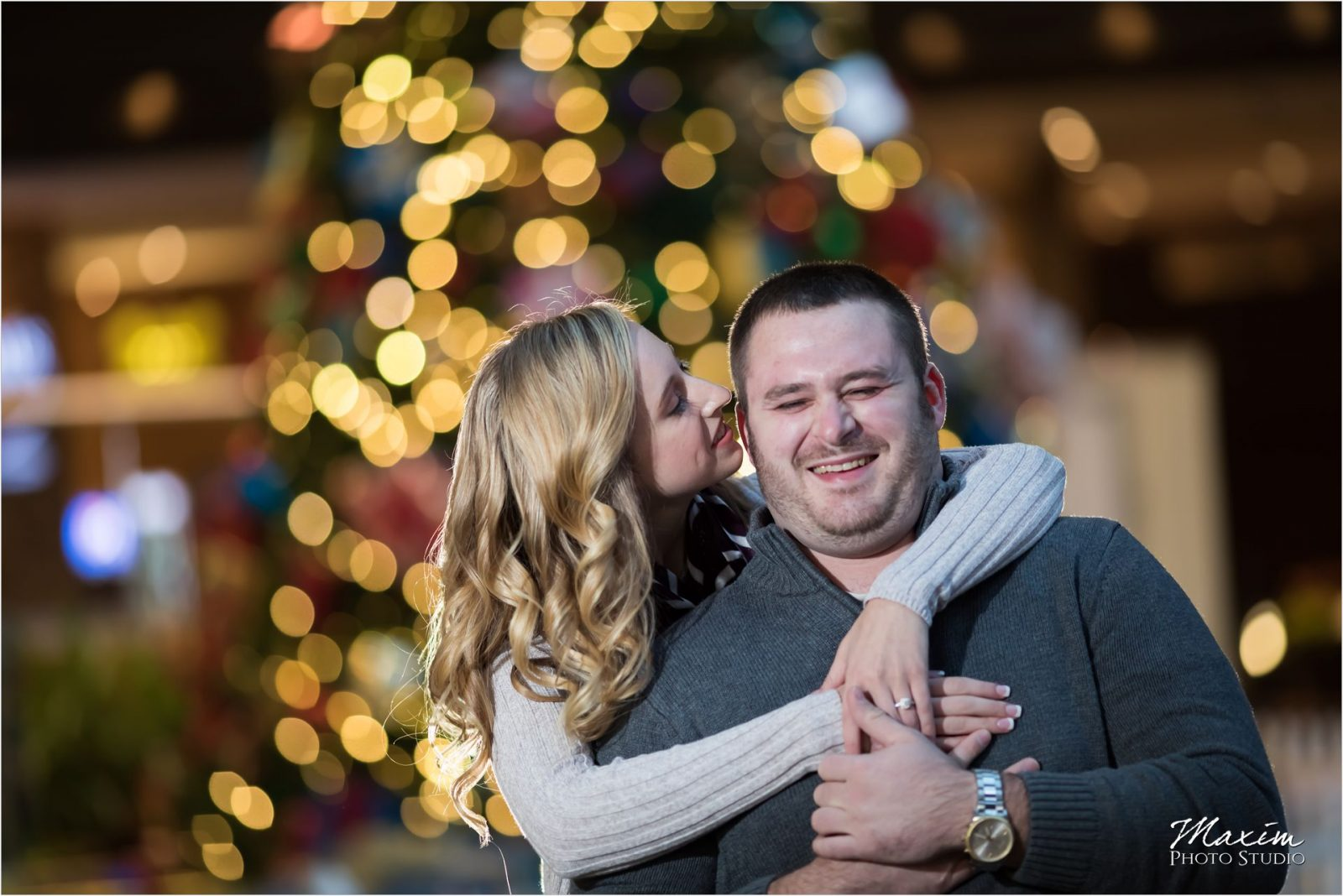 Downtown Cincinnati Fountain Square night engagement
