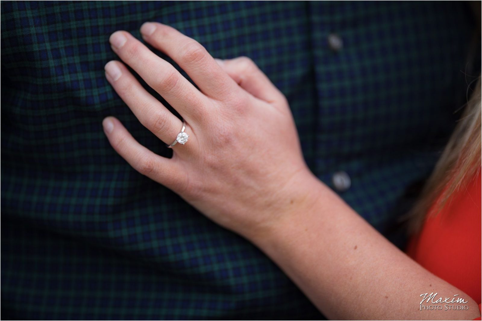 Cincinnati Wedding Photographers Ault Park Engagement ring