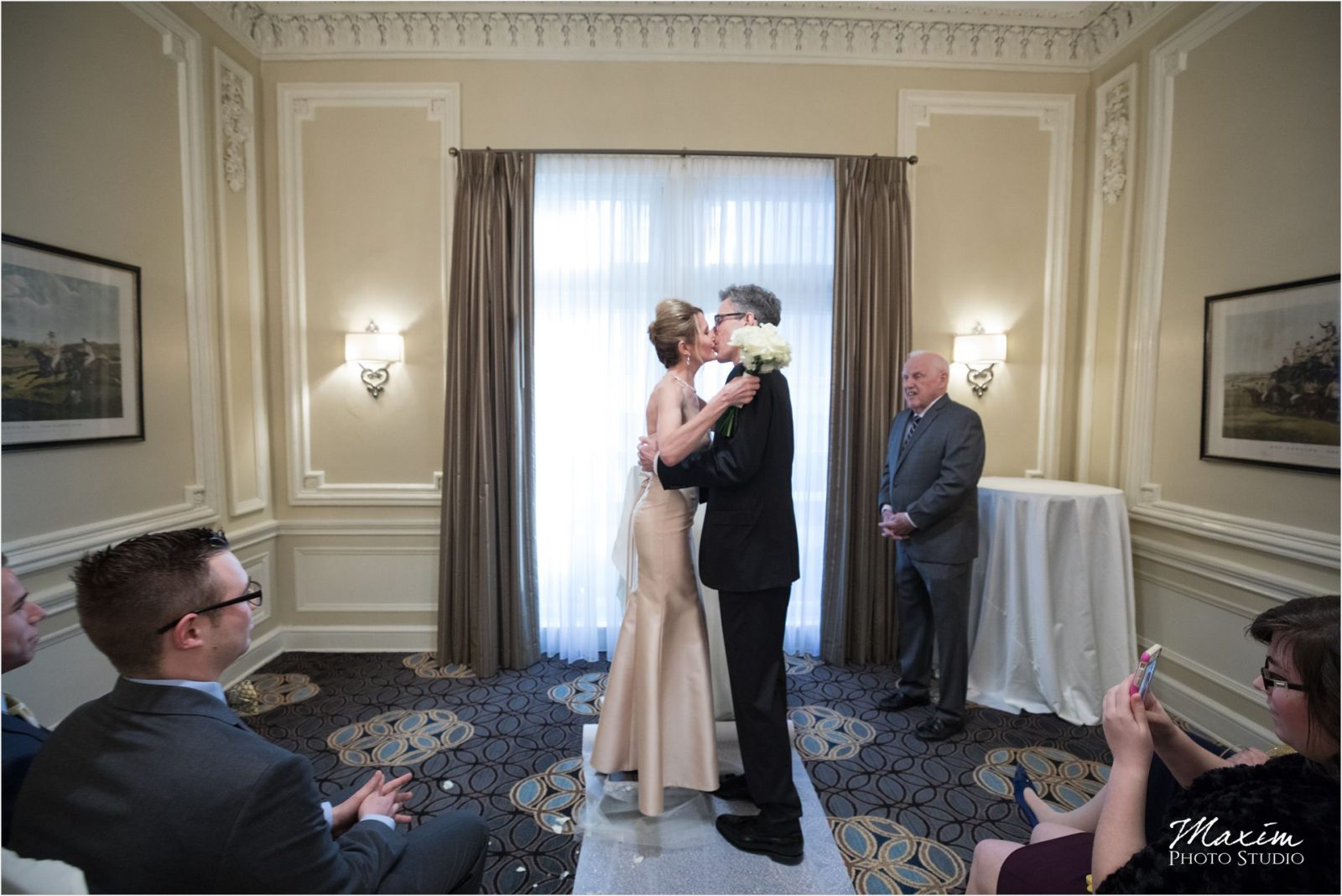 Kentucky Wedding Photographers Seelbach Hotel Wedding Ceremony