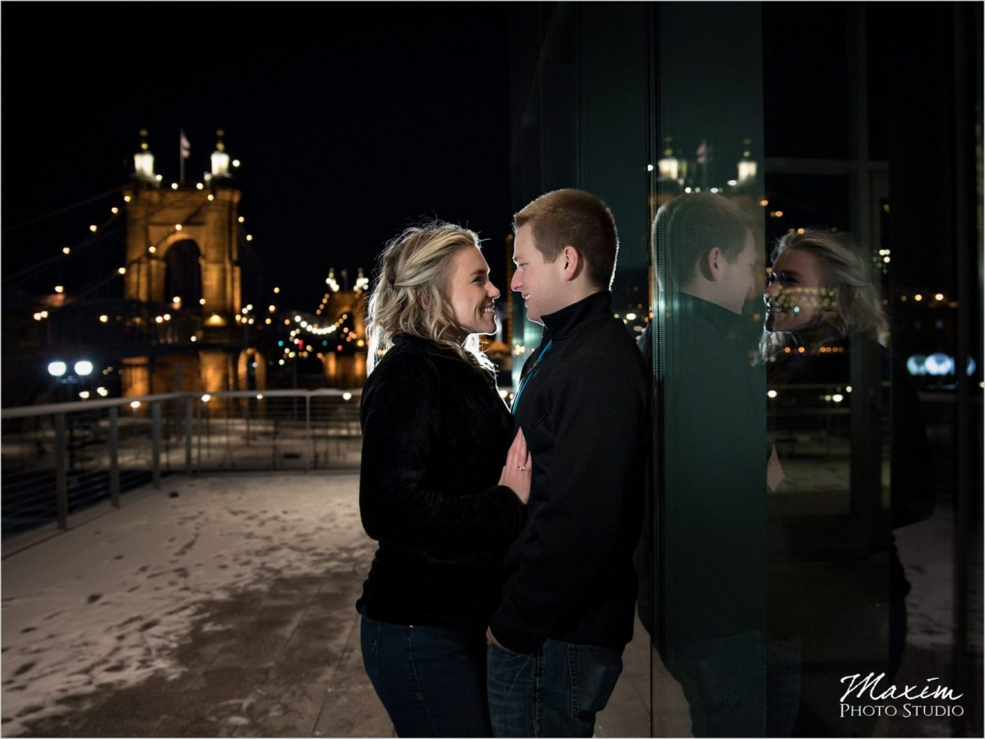 Smale Rivefront Park Winter Night Engagement