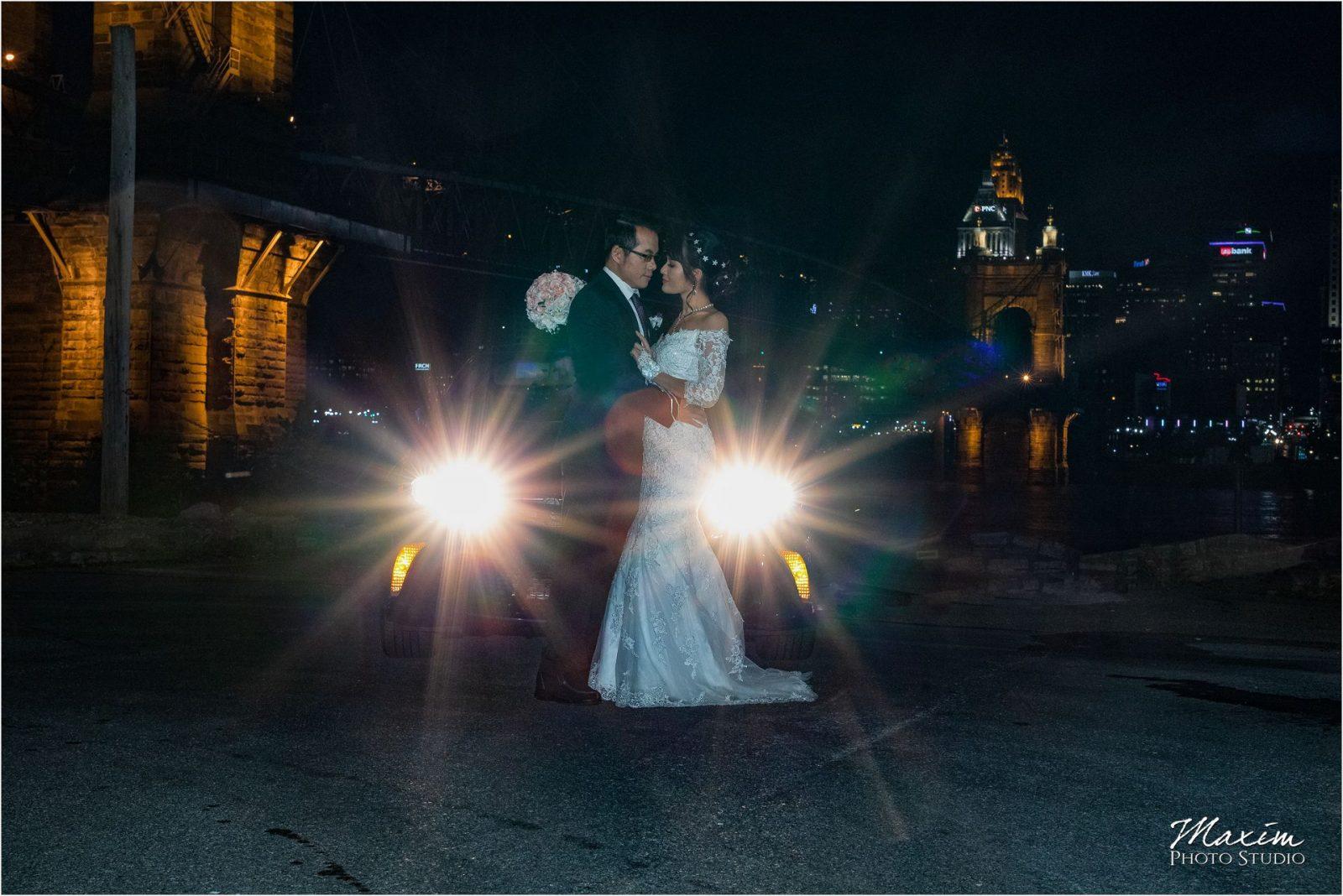 Ault Park Cincinnati Bride groom car light pictures
