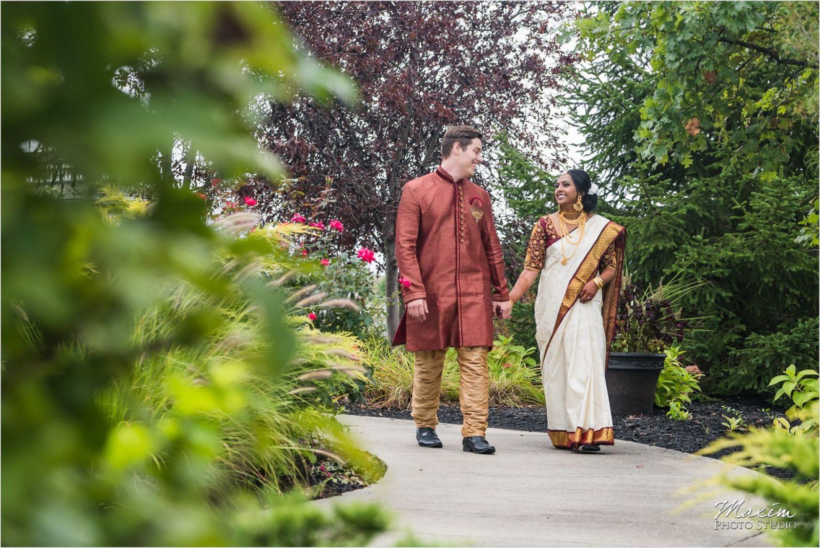Savannah Center Cincinnati Indian Wedding Bride Groom