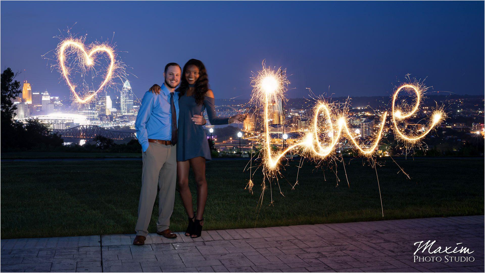 Cincinnati Wedding Photographers Devou Park Overlook sparklers