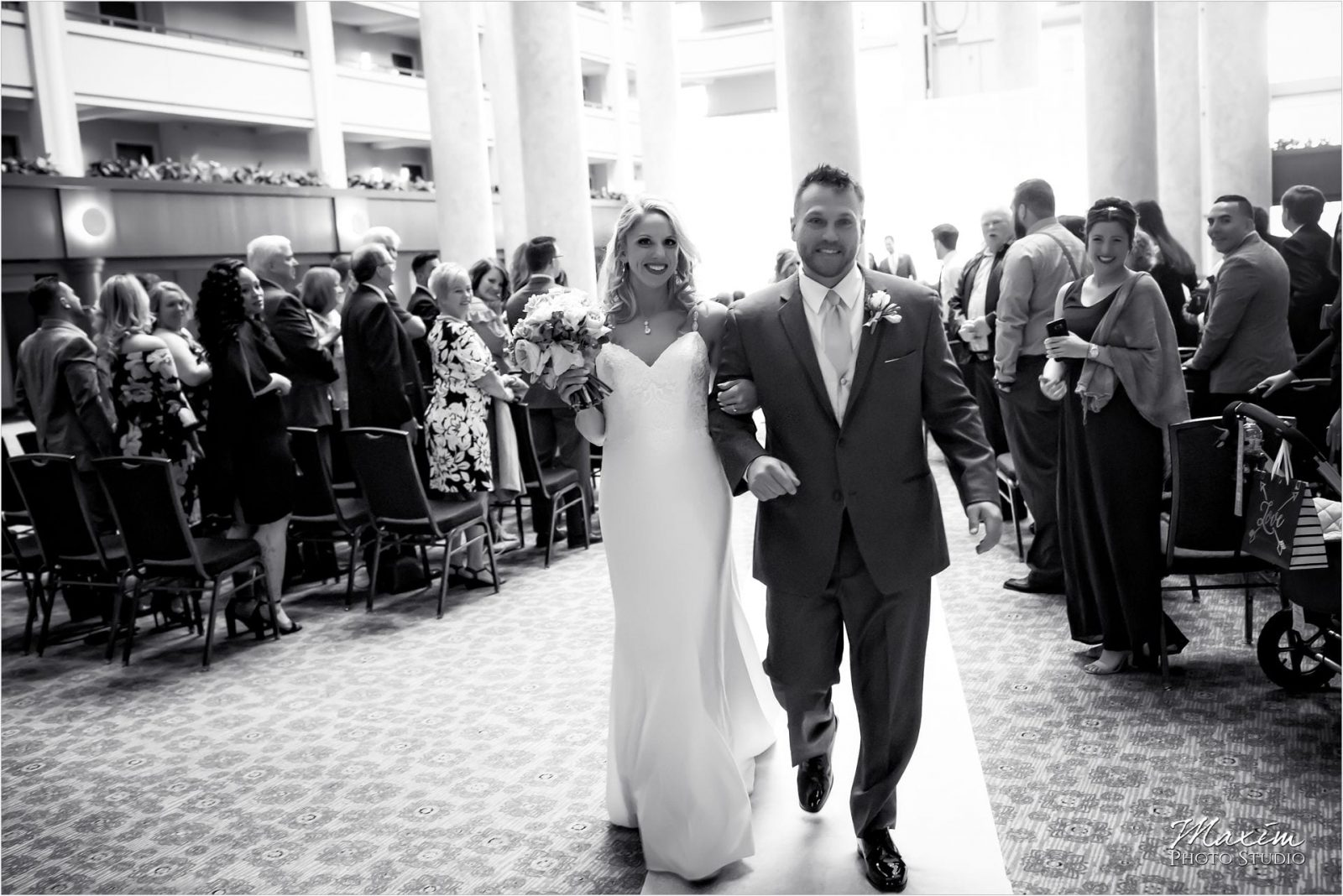Cincinnati Marriott Rivercenter, Wedding Ceremony, Party Pleasers, Best Kentucky Wedding Photography