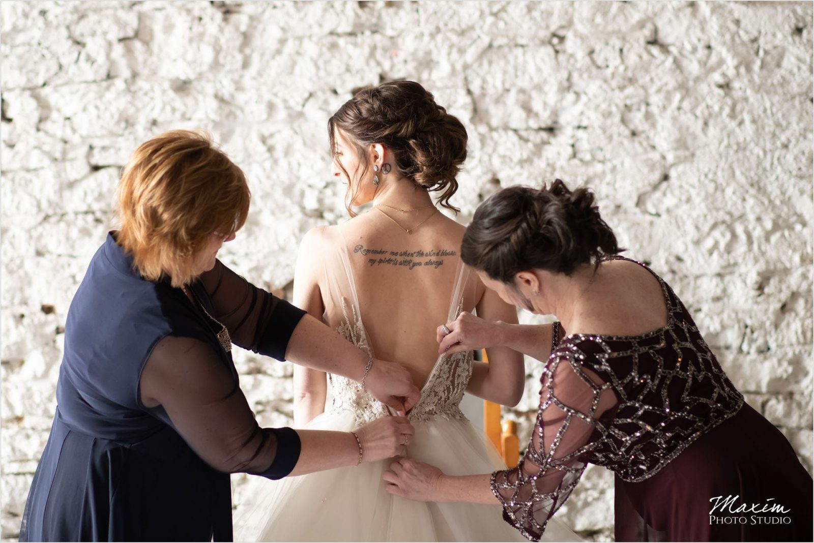 The Mockbee Cincinnati Wedding Bride Preparations