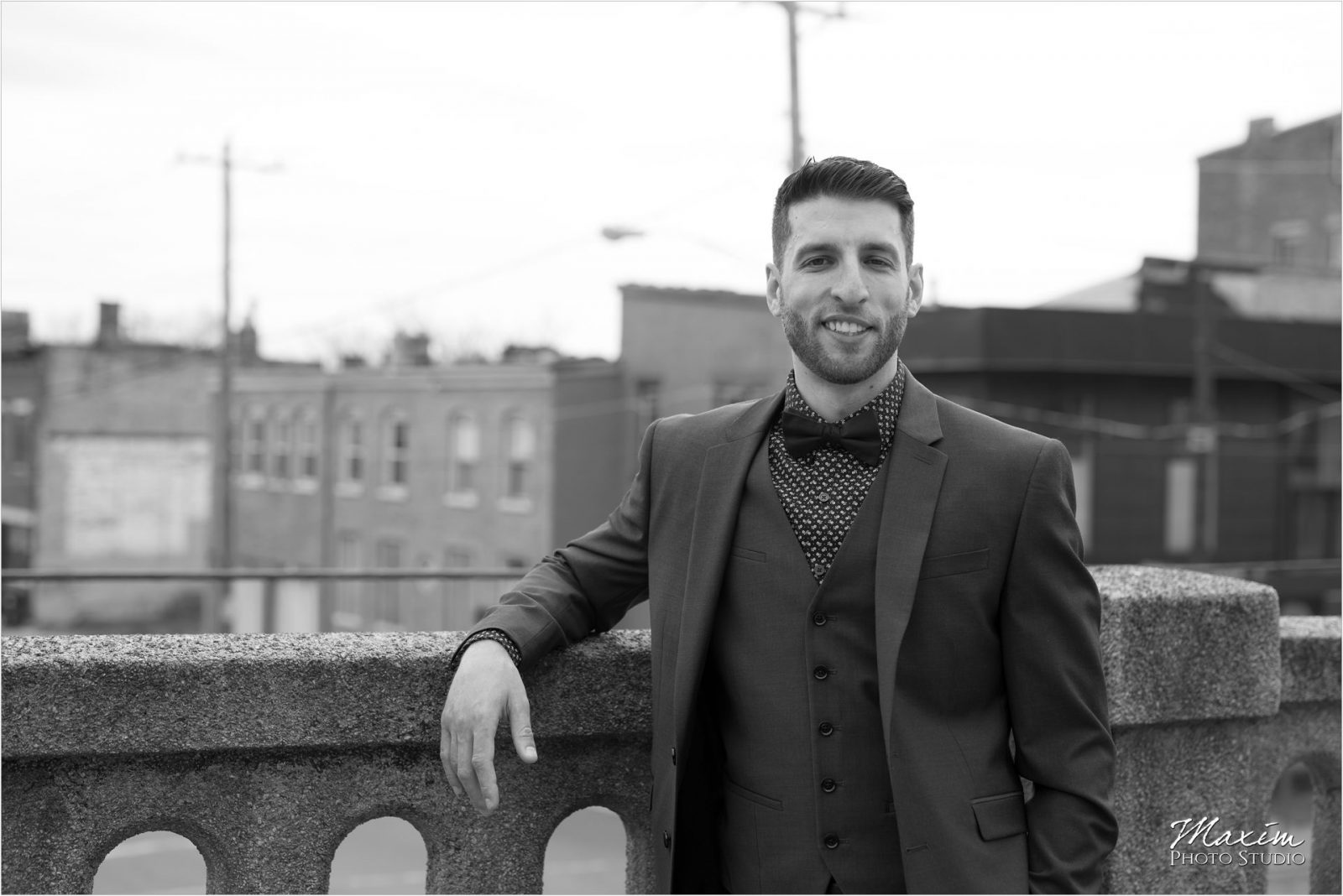 The Mockbee Cincinnati Wedding Groom Portraits