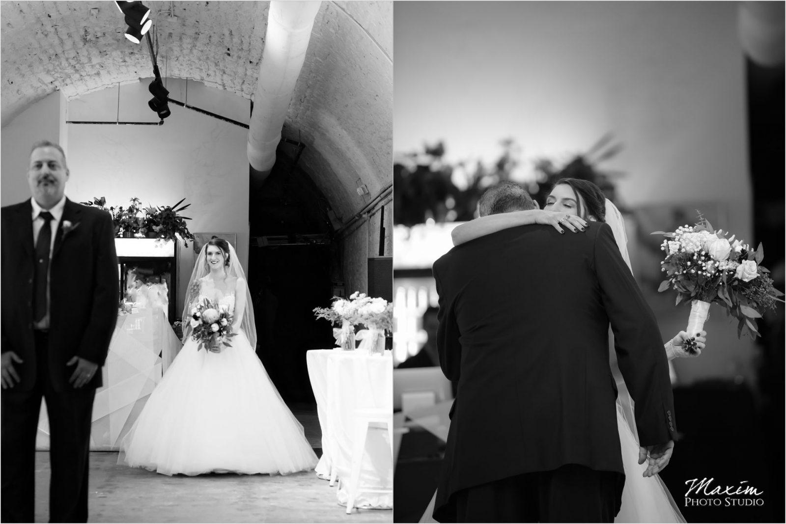 The Mockbee Cincinnati Wedding bride first look