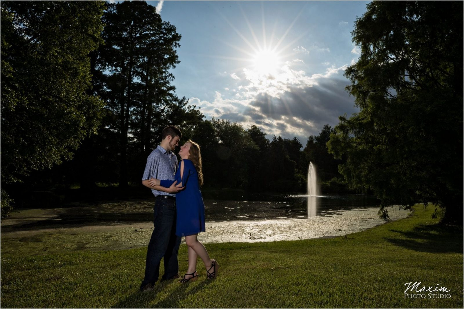 Cincinnati Wedding Photographers Spring Grove Cemetery Engagement starburst