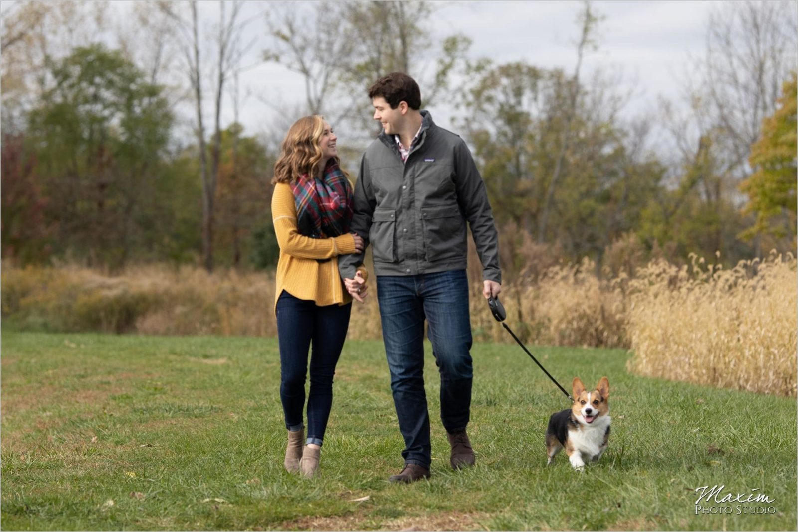 Cox Arboretum, Corgi puppy, lake engagement photos